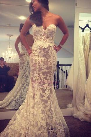 Off the Shoulder Lace Wedding Dresses 2018 White Ivory Vintage Bridal Gowns Floor Length Mermaied Wedding Guest Dresses