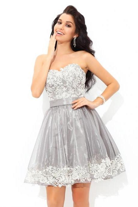 A-Line Tulle Homecoming Dress Sweetheart Sleeveless Short/Mini With Lace Dresses