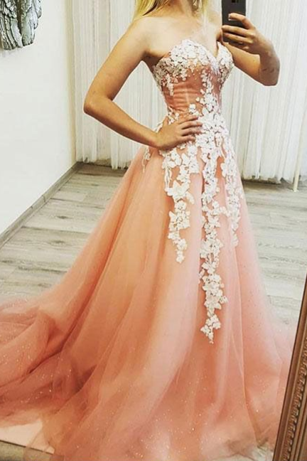 Pink Sweetheart Neck Tulle Lace Appliques Long Prom Dress